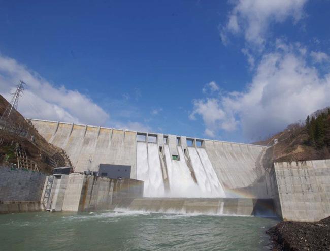 青森県津軽ダム